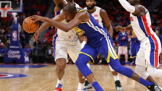 NBA wrap: Warriors top Pistons to continue winning ways without Stephen Curry