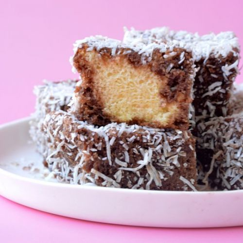 Homemade Lamingtons
