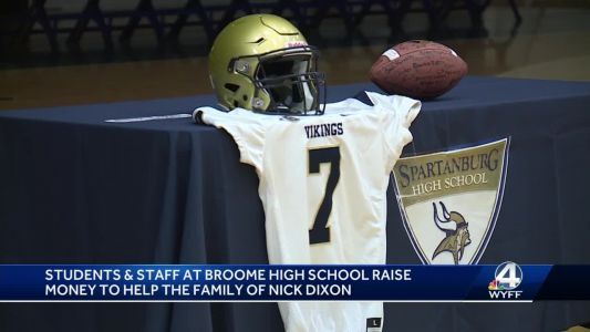 Rival high school raises money for Upstate student's family