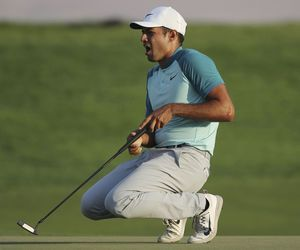 Rose takes 1-shot lead into final round at Dubai