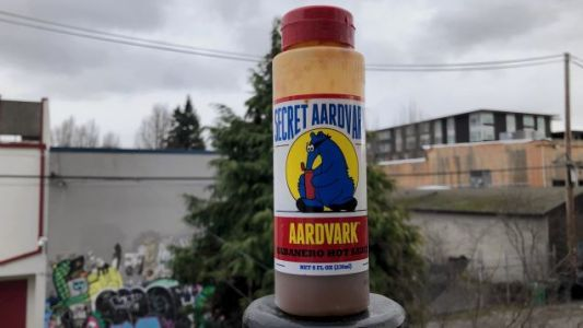 Secret Aardvark Hot Sauce Is Hardly A Secret, But I'll Still Sing Its Praises From The Mountaintops