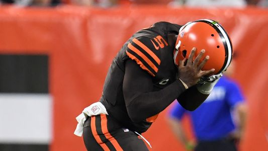 Browns' Tyrod Taylor knocked out of Jets game with concussion