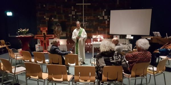 Dutch church holds an 800-hour service to protect an immigrant family because they can't be deported during a religious ceremony