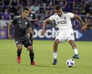 Orlando City wins 4th straight, beating Earthquakes 3-2