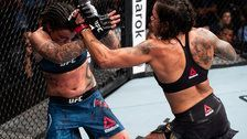 Coach Tells Hurt UFC Fighter To Continue After She Says, 'I'm Done'