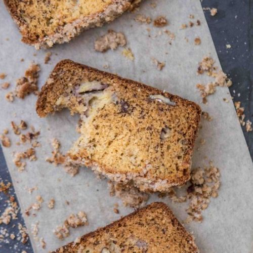 Pecan banana bread with streusel