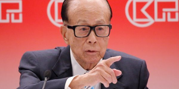 Li Ka-shing - Hong Kong's richest man - announces his retirement