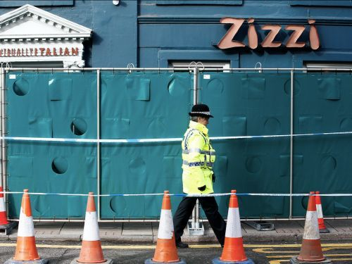 Up to 500 people are being advised to wash their possessions after police found nerve agent traces in Zizzi and a pub in Salisbury