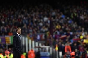 Real Madrid fires coach Lopetegui after big loss to Barca
