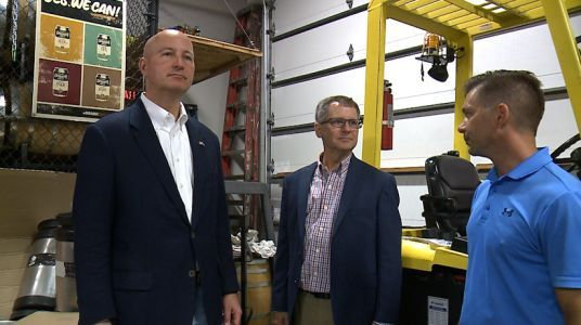 Governor Ricketts tours breweries hoping to grow Nebraska's economy