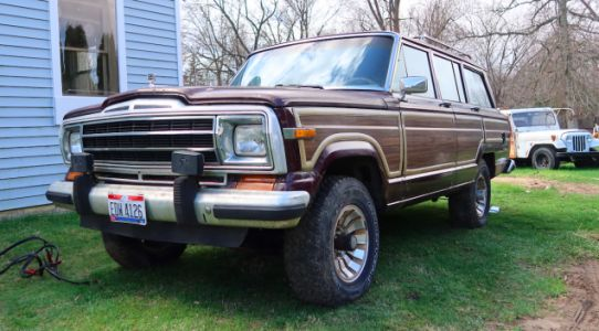My Free Jeep Grand Wagoneer Drives But Nearly Started A Demolition Derby In My Backyard