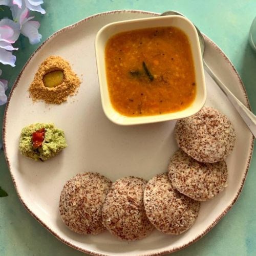 Ragi Idli using whole Ragi seeds