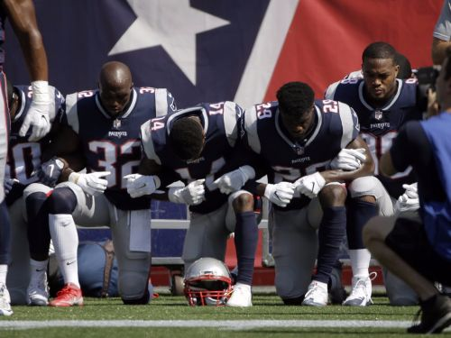 NFL anthem protests began during a meaningless preseason game nobody noticed and are now everywhere