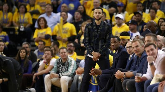 Stephen Curry injury update: Warriors star 'not close to playing,' report says