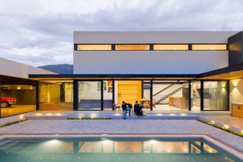 """""""The Collector's House"""" Is Informed by Mountains & Sunsets"""