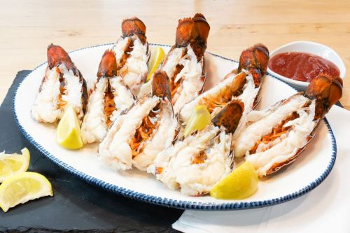 Host an End of Summer Seafood Celebration with Red Lobster To Go Deals
