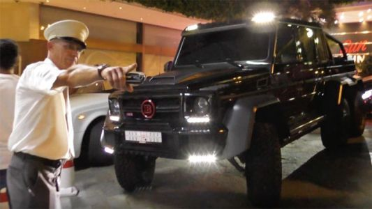 Watch This Valet Kick A $700,000 Mercedes G-Wagen 6x6 Out Of Monaco