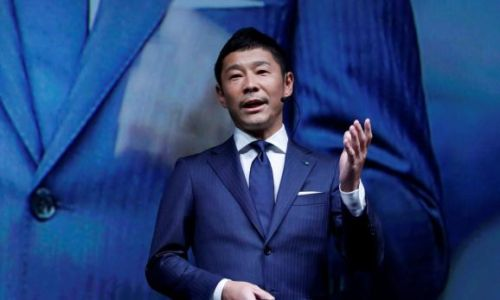 Japanese fashion billionaire Yusaku Maezawa lands first private SpaceX moon flight
