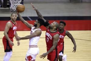 Coby White scores 24, Bulls hand Rockets 8th straight loss
