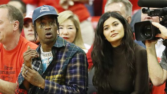 Kylie Jenner Claps Back at a Fan Who Spread Rumors That She Split from Baby Daddy Travis Scott