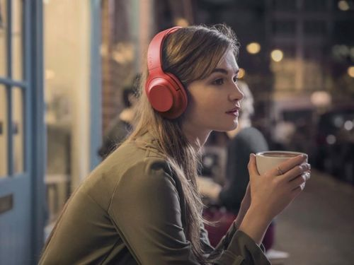 Sony is selling its popular noise-cancelling Bluetooth headphones for their cheapest price - but there are only 10,000 pairs