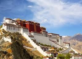 Potala Palace welcomes 1.45 million tourists in 2017