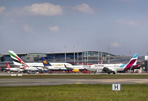 Hamburg Airport: stable traffic figures in a difficult market environment