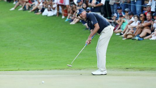 Matt Kuchar addresses criticism, apologizes for paying fill-in caddie $5K