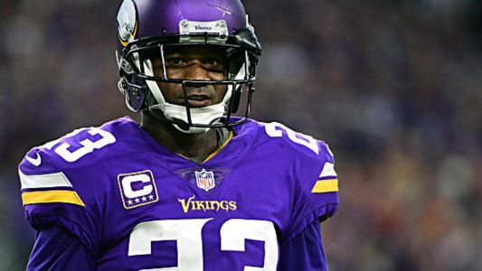 Vikings CB Terence Newman re-signs to play at age 40