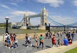 UNWTO: Visitor number in Britain falls, contrast to worldwide increase in international arrivals