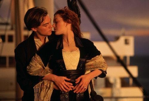 'Titanic' is coming back to movie theaters this December