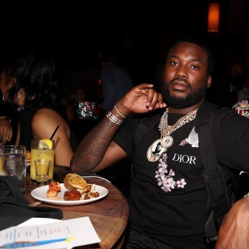 Meek Mill calls out a Las Vegas casino for 'extreme racist' behaviour