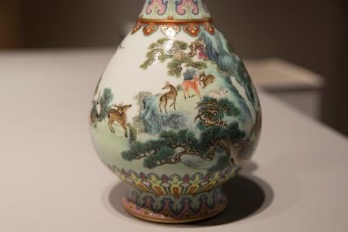 Vase in shoebox in attic sells for $19M