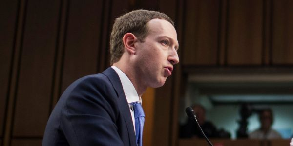 Americans are now copying Russia and making hundreds of fake Facebook accounts to influence politics