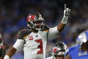 Winston throws 4 TDs, helps Buccaneers beat Lions 38-17