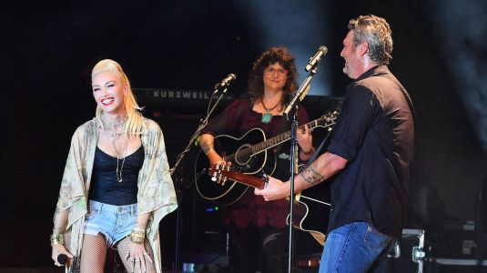 Gwen Stefani and Blake Shelton Look So Adorable Performing Together at the California Mid-State Fair