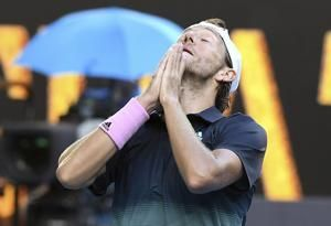 Pouille's drought-breaking Australian run reaches semifinals