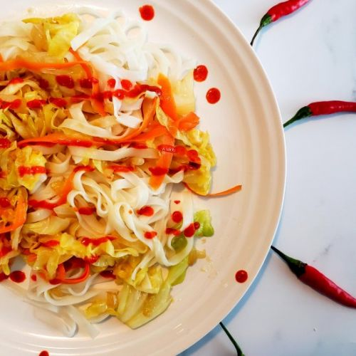Spicy Cabbage And Carrot Stir Fry