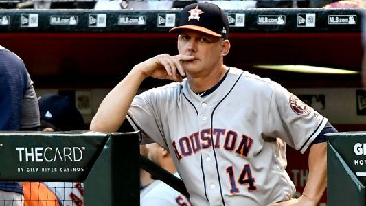 Astros' A.J. Hinch suspended for Sunday's game after Angel Hernandez blowup