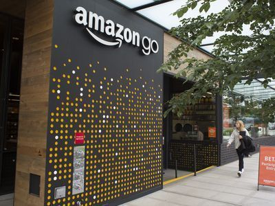 Amazon's First High-Tech Convenience Store Is Now Open