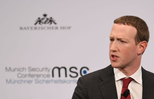 Mark Zuckerberg denied a report that Facebook is considering sharing smartphone location data with the US government to help track the coronavirus
