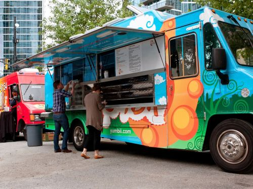 Want to Start Your Own Food Truck? Read This First
