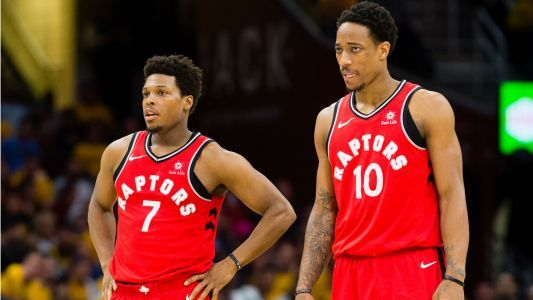 Raptors G Kyle Lowry dodged calls, texts from team officials over summer, report says