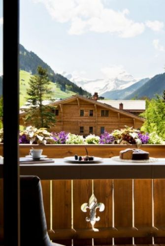 Exhilarating Alpine Retreats for the Summer Months
