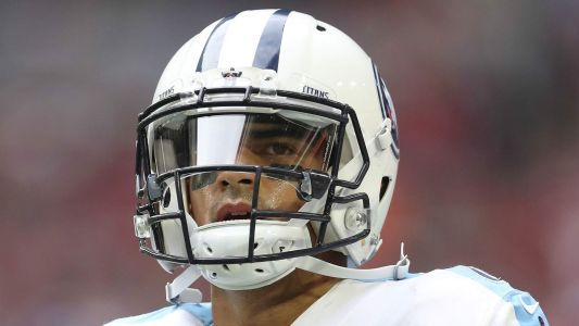 Titans pick up QB Marcus Mariota's fifth-year option