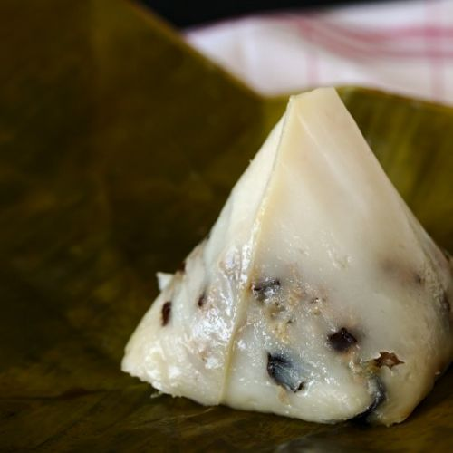Rice flour & Pork Pyramid Dumplings