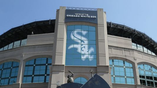 WATCH: Nun throws perfect pitch before White Sox game