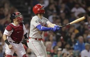 Harper, Dickerson help Phillies beat Boston 5-2