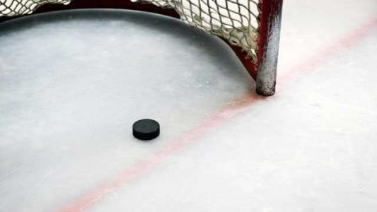 Youth hockey player who attended New Hampshire camp tests positive for COVID-19