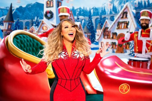 Twitter's best Mariah Carey memes celebrating the Queen of Christmas